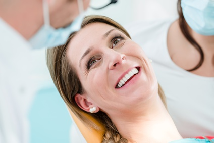 Günstiger Zahnersatz von SAVEDENTAL – Vorteile für Patienten